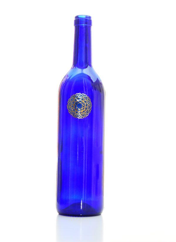 blauwe fles om zonnewater te programmeren Shungite Nederland